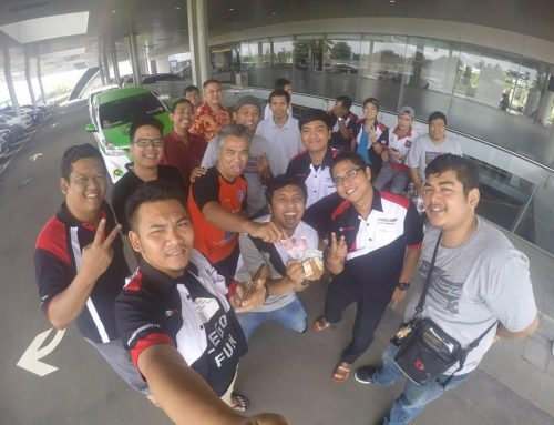 Kemeriahan Kopdar Service Bersama Ala D'VECTA (Daerah Velozity Chapter Tangerang) Di Auto2000 BSD City